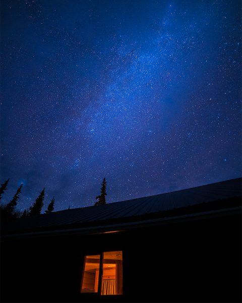 stars-over-cabin